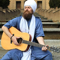 Gurunam Singh (US)